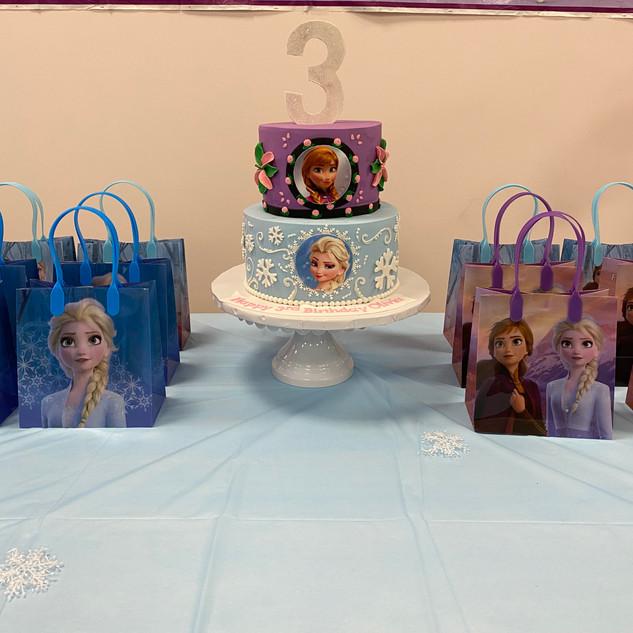 frozen birthday display