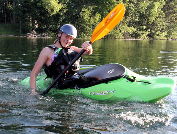 Ahna in Kayak Schmeekel IMG_0105.jpg