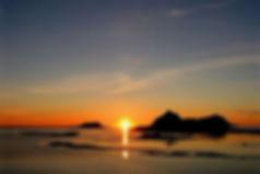 Midnight sun, northern norway, Vesterålen Arctic Light, What to do experiences activities in Northern Norway Bø Vesterålen Lofoten. Camping Sites in Norway, Campingplasser i Norge, Campingplätze in Norwegen