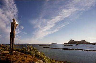 Mannen fra havet artcsape nordland skulpturlandskap nordland, Midnight sun arctic light cabins accommodation, Hva kan vi gjøre i Nord Norge Vesterålen Bø Lofoten Aktiviteter Opplevelser