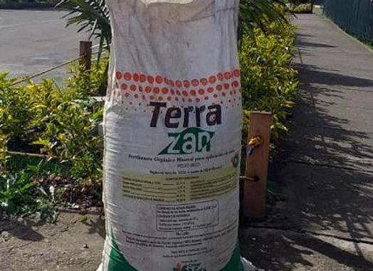 5 kilos de Fertilizante orgánico y acondicionador de suelos