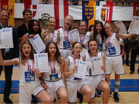 GIBS-Girls gewinnen Schulcup