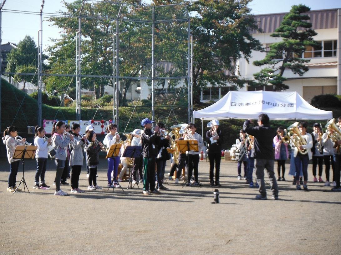 地区運動会開会式演奏(10月21日)