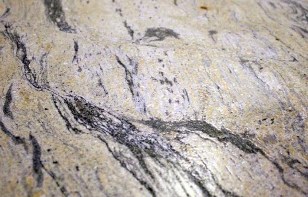 royal-gold-leather-granite-1280x820-1030