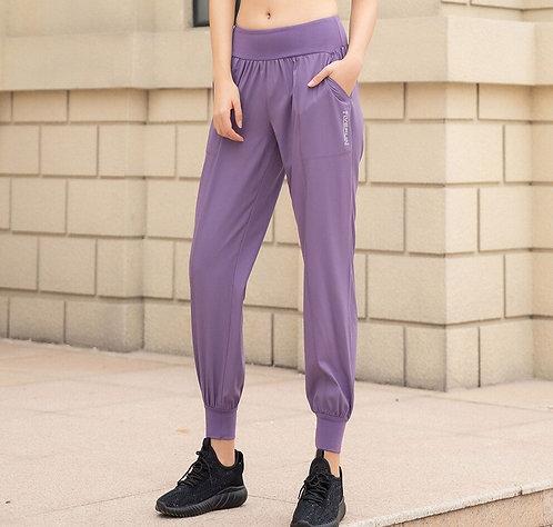 純色顯瘦寬鬆運動褲 Pure color slimming loose sweatpants