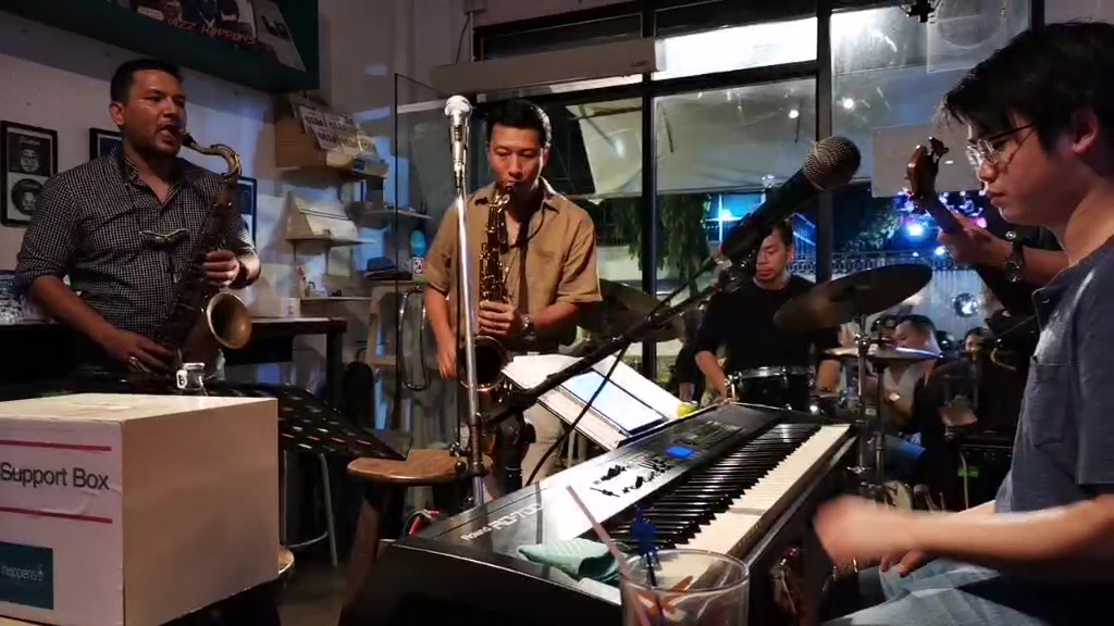 Bangkok, Jazz Happens