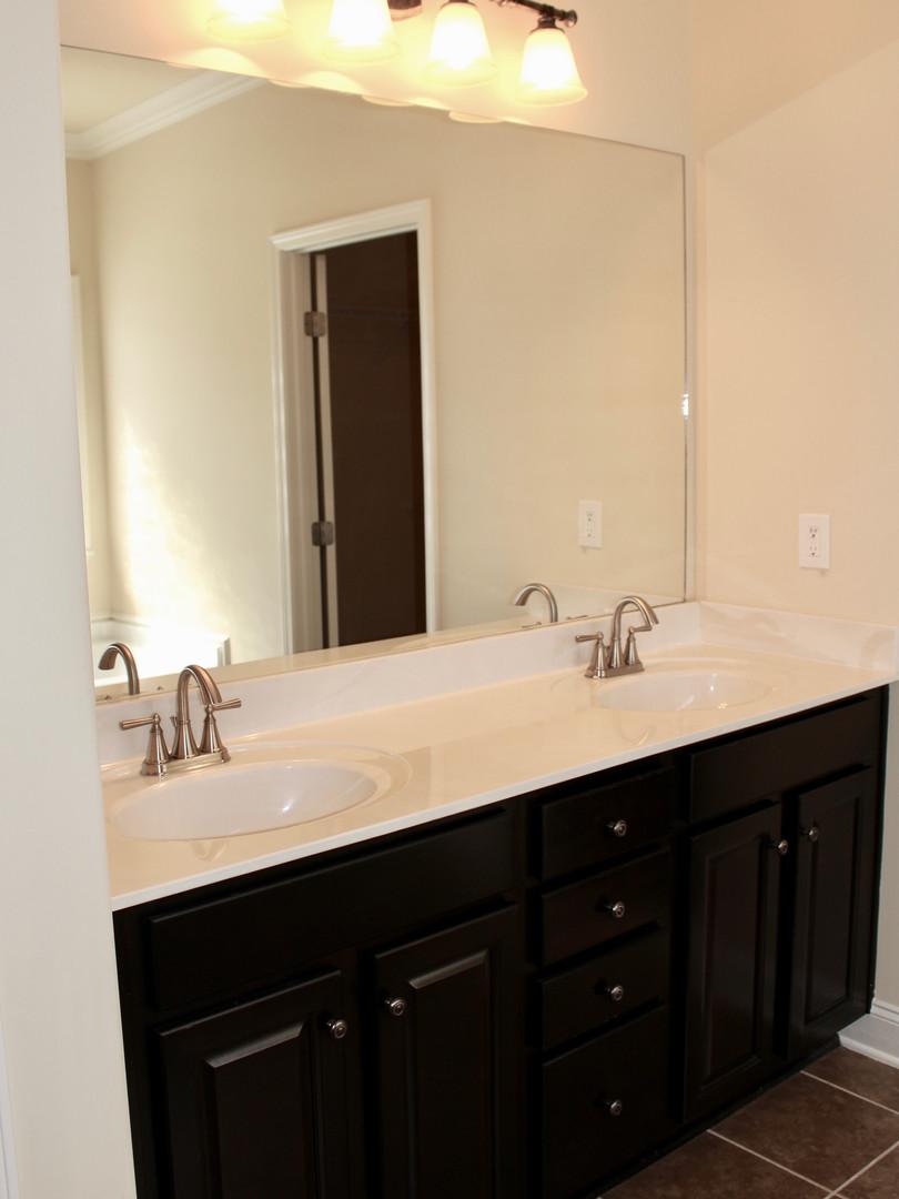 Double sinks in vanity