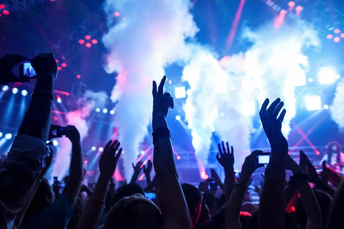 dance-club-P6UNY7T-1024x683.jpg