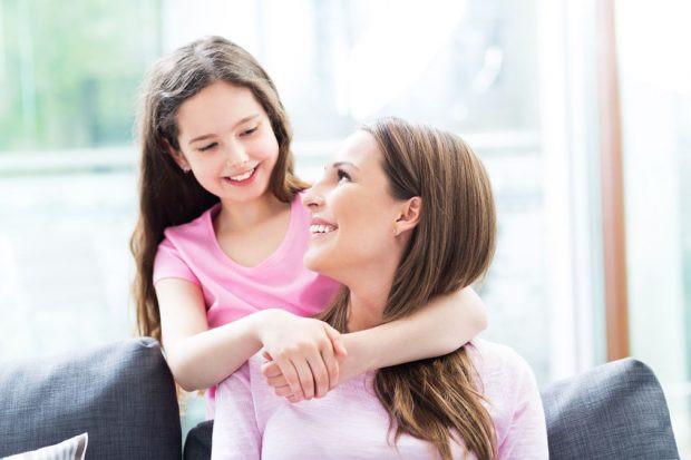 O início da puberdade varia de menina para menina e acontece normalmente entre geralmente entre 8 e 13 anos (foto: 123TRF)