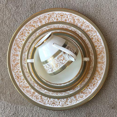 Fine Porcelain Table Settings