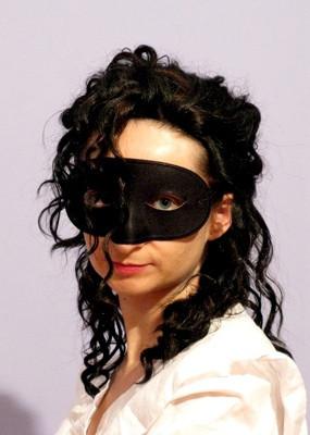 Una Bella Dama en Máscara