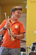 suonare la tromba è divertente