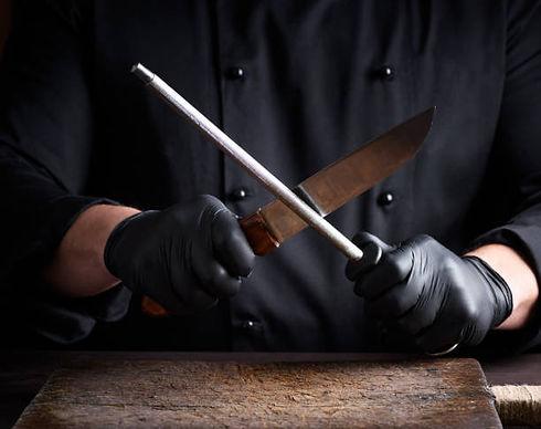 chef knive.jpeg