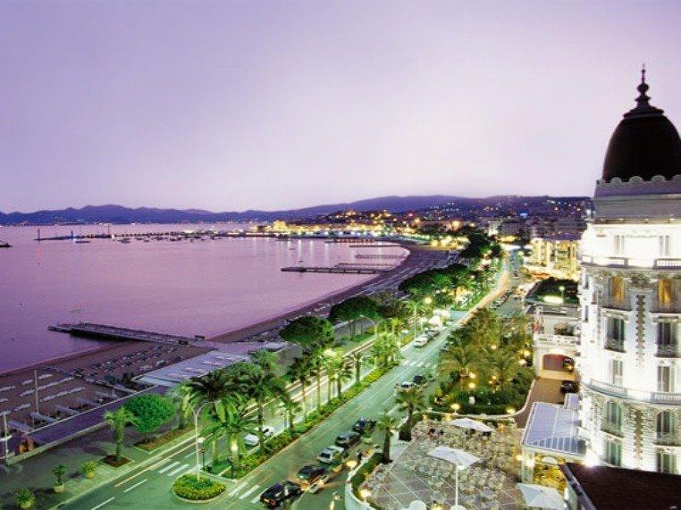 Promenade de la Croisette Cannes