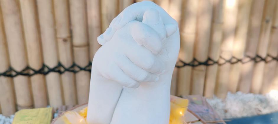 moulage enfant Yvelines septine and co main en plâtre souvenir de naissance e