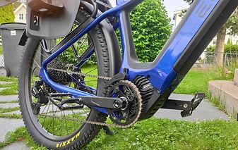 Puma II blå kjede og gir (ute).jpg