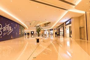 Lovepik_com-500750232-shopping-environment-in-shopping-malls.jpg