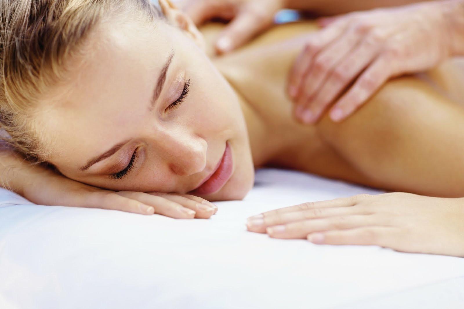 50 min Swedish or Deep Tissue  Massage