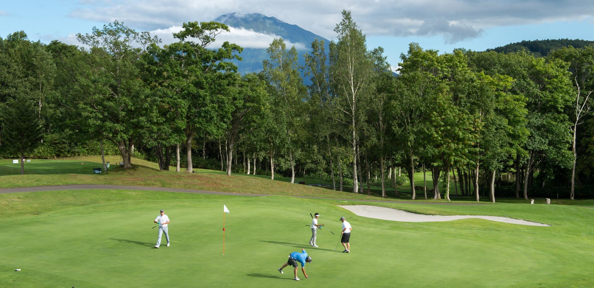 Hanazono-Golf-4.jpg