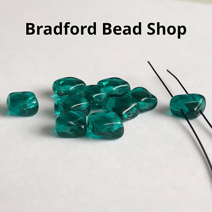 Glass 2 Hole Diamond Beads - Bottle Green Translucent - 6mm