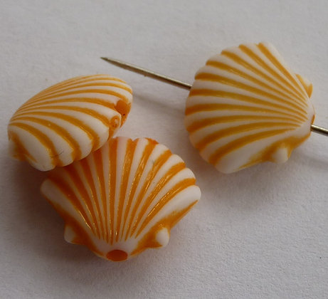 Acrylic Oyster Shell Beads - Peach Opaque