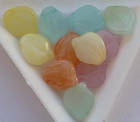 Glass Mixed Beads - Pastel - Leaf