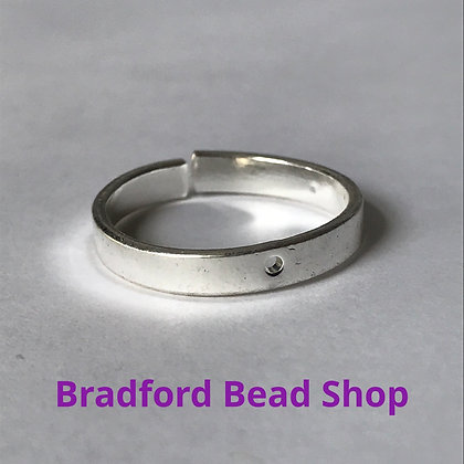 Adjustable Ring with Central Hole - Silver Plated