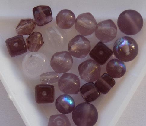 Glass Mixed Beads - Purple (002) - x 25 beads