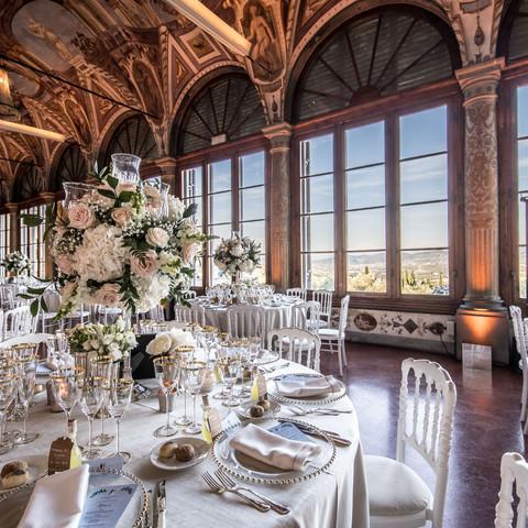 Elegant setup in amazing tuscany villa