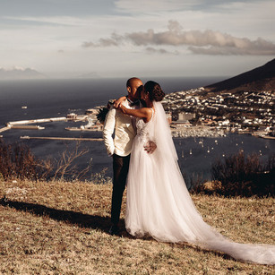 Rustic wedding romance in the city of Cape Town, South Africa