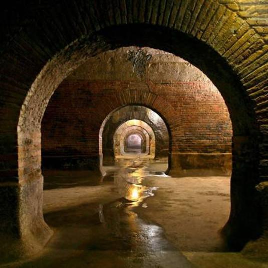 Italia sotterranea - L'Italia sconosciuta