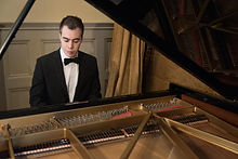 Solo Pianist For Hire