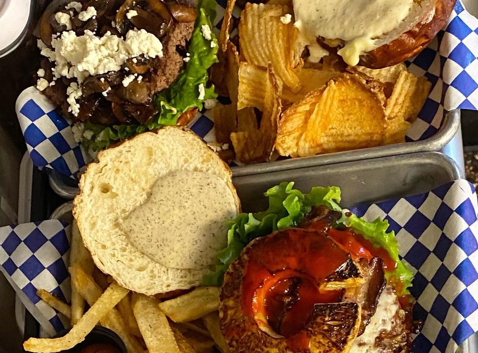 Burgers2.jpg