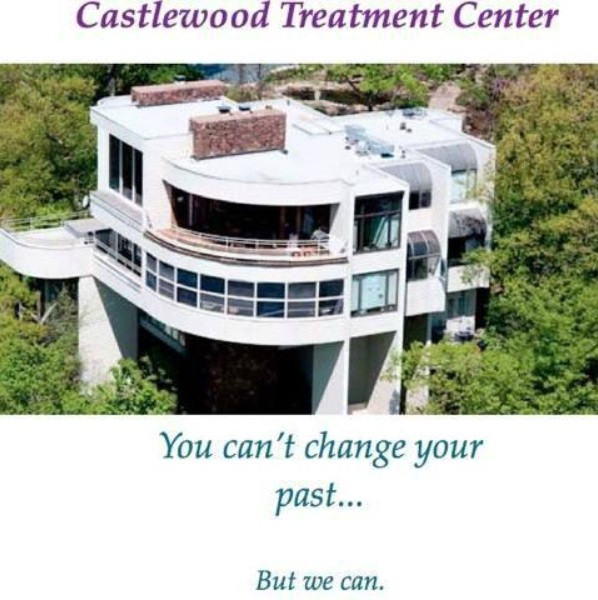 Castlewood Treatment Center patients comment on misdiagnoses of multiple personalities, hypnosis, and false memory implantation of sexual abuse, satanic ritual abuse and more.