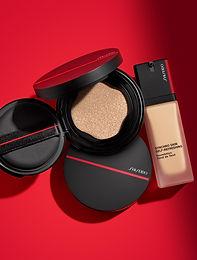 Testing Out the Shiseido Synchro Skin Self-Refreshing Foundation Range