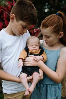 Rockhampton Family Photographer.jpg