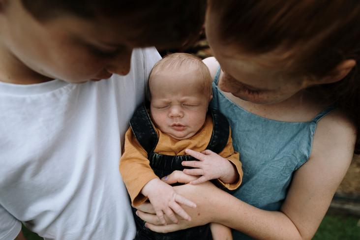 Rockhampton Baby Photographer.jpg