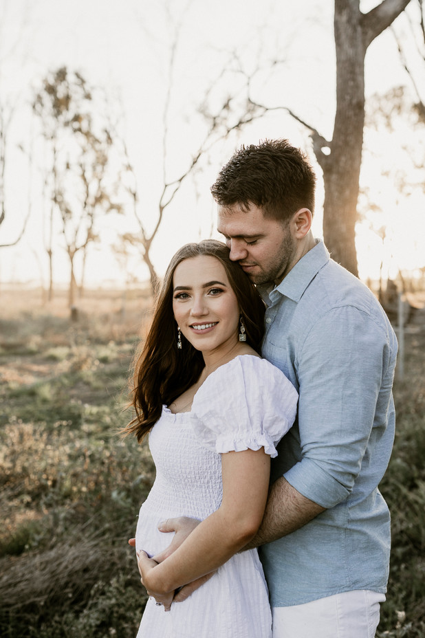 Rockhampton Maternity Photographer.jpg
