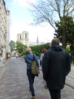 Approaching Notre-Dame