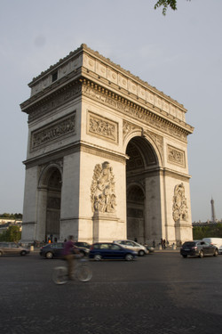 Arc de Triomphe in the morning light