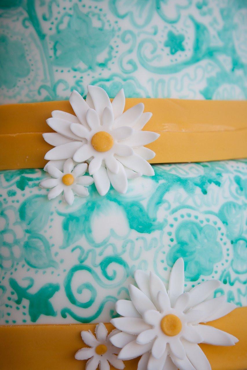 Wedd+Handpainted+Flowers2.JPG