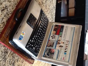 Laptop+Cake.JPG