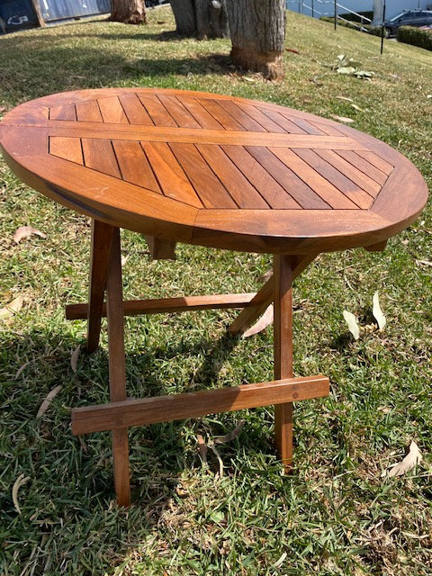 Fold up teak side table round Natural