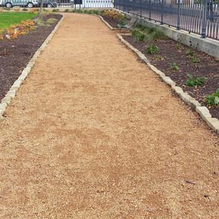 Gravel path 2.jpg