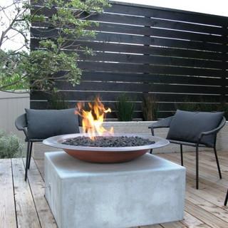 Contemporary fire wok