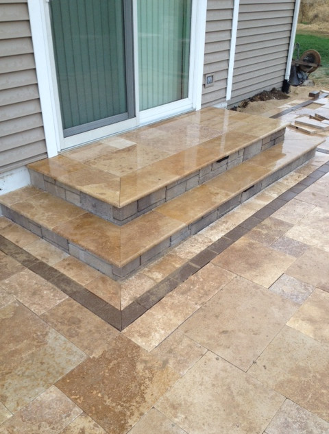 Noce travertine coping on step
