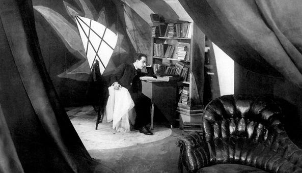 365-Filmes-Gabinete-Dr-Caligari-Expressi