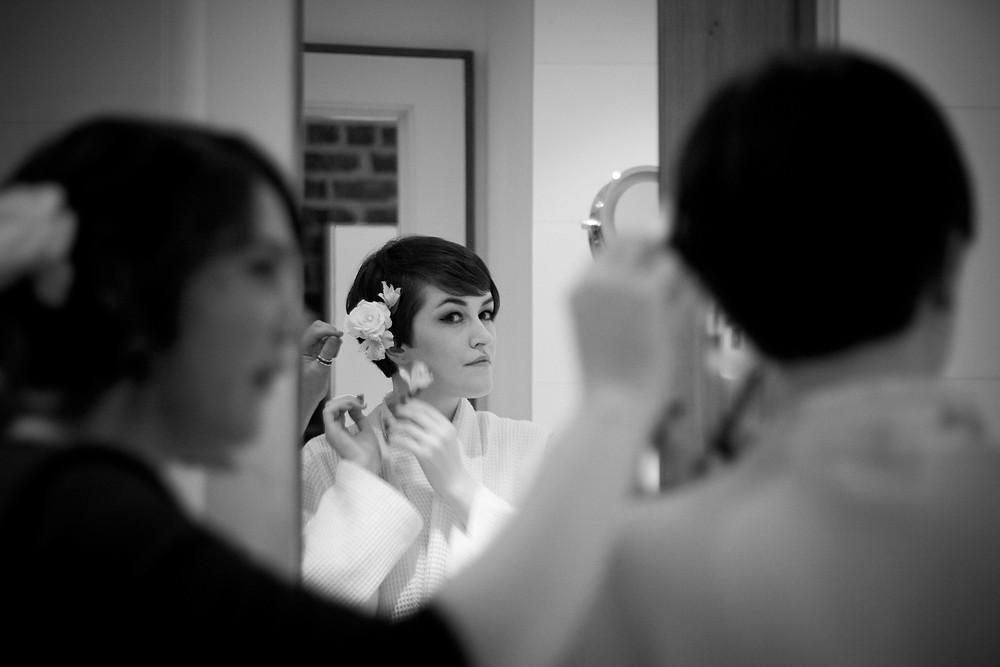 Bridal prep at Hope Street Hotel