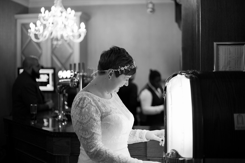 Bride and jukebox at thornton hall hotel