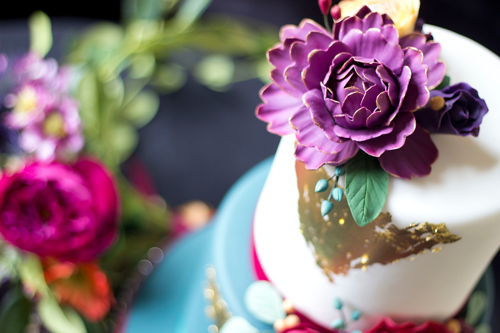 Product photography for wedding cake maker